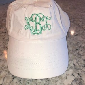 NWT Marley Lily hat. White & teal